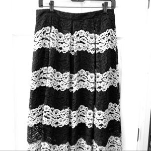 Long black and white lace skirt with lining. Sz 6